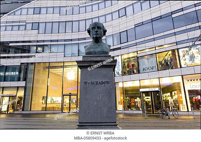 modern architecture, Kö bow, monument of W. of Schadow, Dusseldorf, North Rhine-Westphalia, Germany