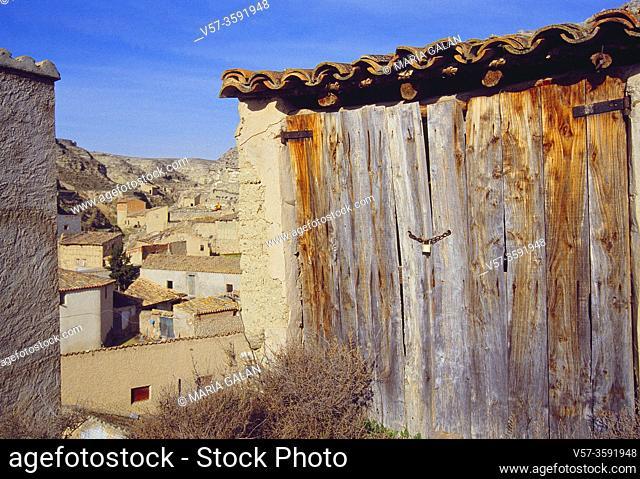 Old wooden gate. Terrer, Zaragoza province, Aragon, Spain