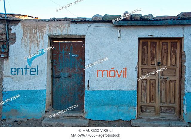 pubblicitÓ di un operatore telefonico nel villaggio di quetena chico, altopiano tra bolivia e cile, sud lipez, bolivia, america del sud