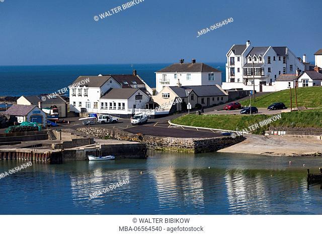 UK, Northern Ireland, County Antrim, Portballintrae, port view