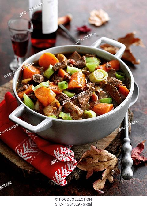 Beef stew with red wine and vegetables