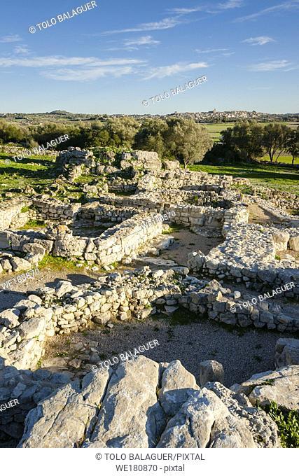 yacimiento talayotico de Son Fornes, Montuiri, época talayótica (1300-123 a. C. ) Comarca de Es Pla , Mallorca, Spain
