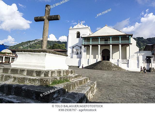 Iglesia de Santiago Apóstol, 1547, Santiago Atitlan, departamento de Sololá, Guatemala, Central America