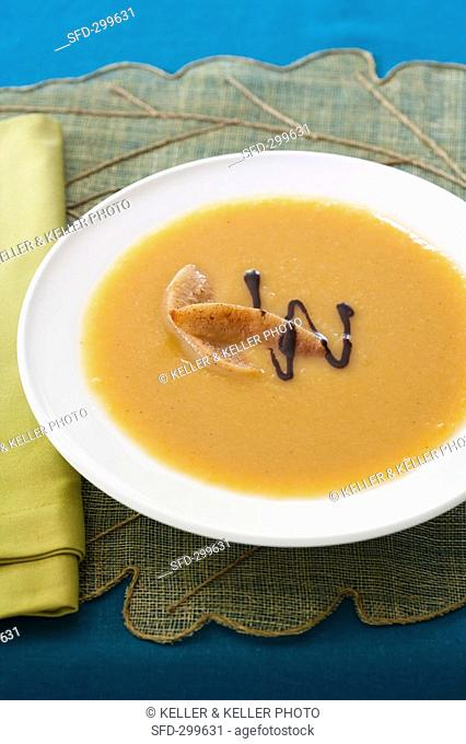 Pumpkin and pear soup with ginger