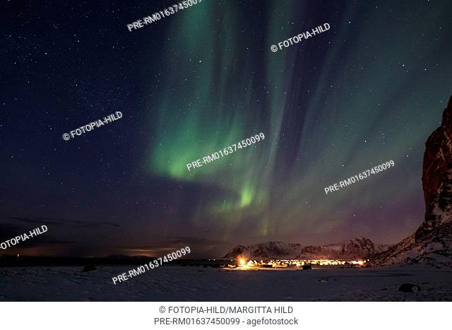 Aurora borealis near Eggum, Vestvågøy, Vestvågøya, Lofoten, Nordland, Norway, March 2017 / Aurora borealis bei Eggum, Vestvågøy, Vestvågøya, Lofoten, Nordland