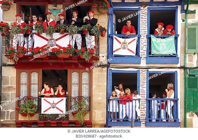 'Alarde' festival, Hondarribia, Guipuzcoa, Basque Country, Spain