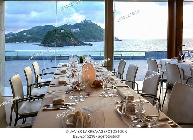 Bokado restaurant, La Concha Bay, Donostia (San Sebastian), Guipuzcoa, Basque Country, Spain