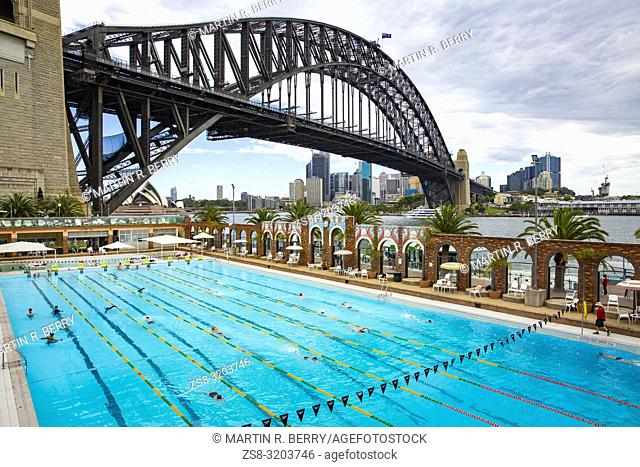 Sydney Harbour Bridge and 50 metre Olympic Swimming Pool at Milsons Point