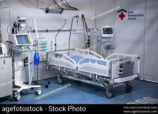 14 May 2020, Berlin: Beds and medical treatment equipment are located in the intensive care area of the temporary corona treatment centre on the Berlin...