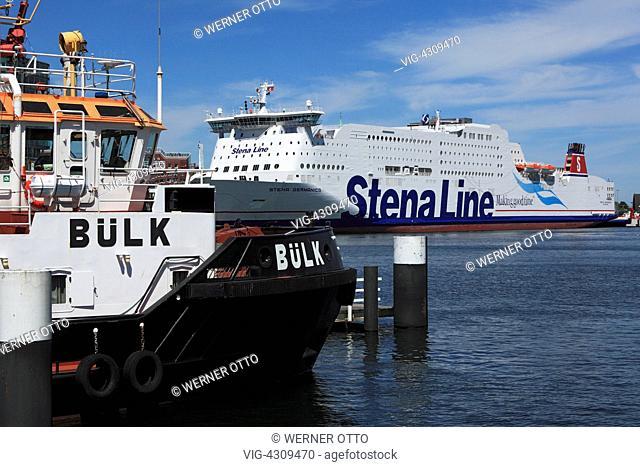 D-Kiel, Kiel Fjord, Baltic Sea, Schleswig-Holstein, Kiel harbour, terminal Schwedenkai, terminal Bollhoernkai, Stena Line ferry, tugboat Buelk - Kiel
