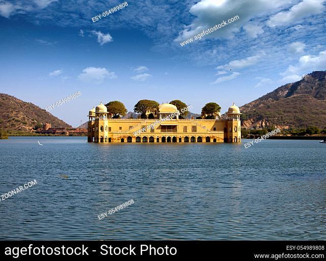India. Jaipur. Water palace- Jal Mahal