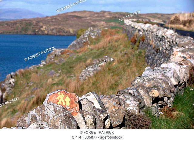 HIKING PATH, BALLYNESS BAY, ROAD TO MAGHERA, ARDARA, COUNTY DONEGAL, IRELAND