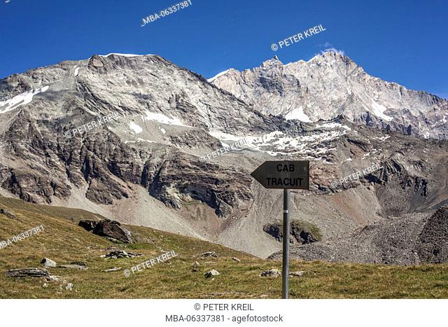Signpost to the Tracuit Hütte (alpine hut), Switzerland, Zonal, mountain range, sign, direction, sign, Caban, grass, snow, series Tracuit