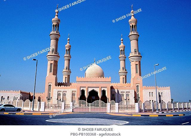 Mosque in Al Ain UAE April 2004