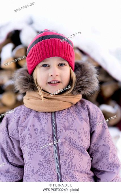 Finland, Kuopio, portrait of little girl in winter