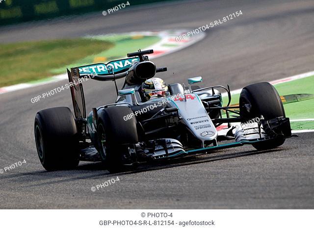 02.09.2016 - Free Practice 1, Lewis Hamilton (GBR) Mercedes AMG F1 W07 Hybrid