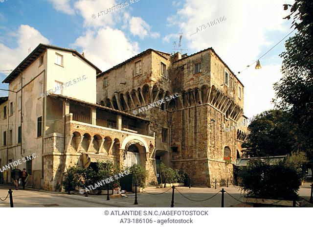 Old city gate. Pietrasanta. Italy