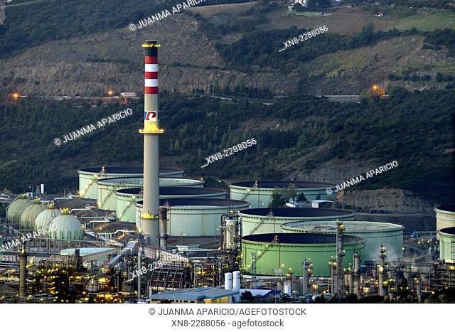 Petronor oil refinery, Muskiz, Biscay , Basque Country, Euskadi, Spain, Europe