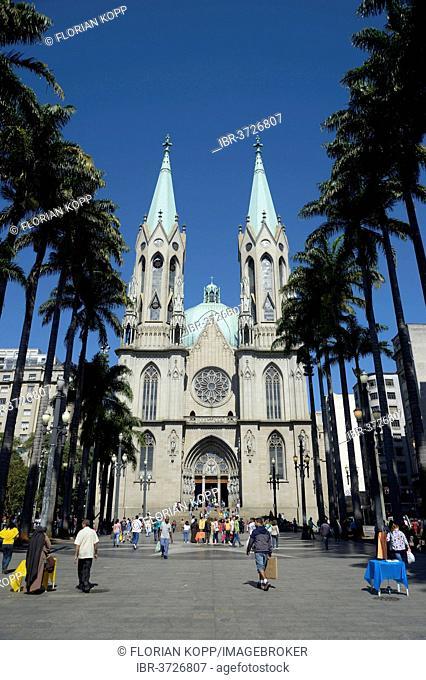 São Paulo See Metropolitan Cathedral, Catedral da Se, on Praca da Se square, Se, São Paulo, São Paulo, Brazil