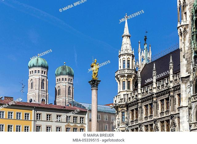Mary's Column and city hall, with the towers of the Church of Our Lady, Marienplatz, Munich, Bavaria, Germany