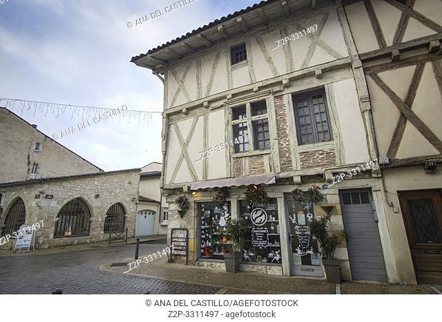 Sainte-Foy-la-Grande sits on the south bank of the Dordogne river Gironda Aquitania France on December 6 2018
