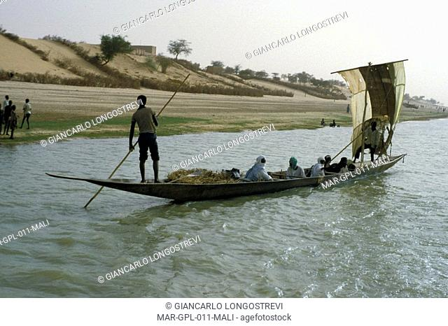 mali, fisherme on the niger river