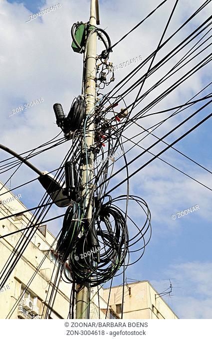 Power lines, Bucharest, Romania, Eastern Europe, Stromleitungen, Bukarest, Rumaenien, Osteuropa