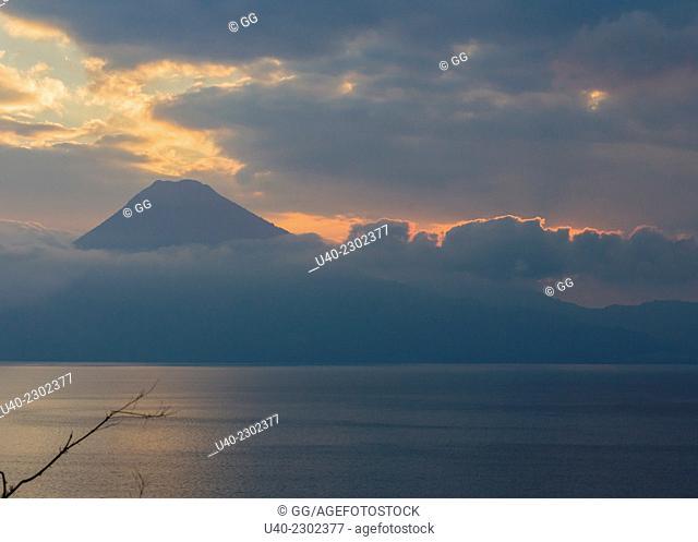 Guatemala, Lake Atitlan, sunset