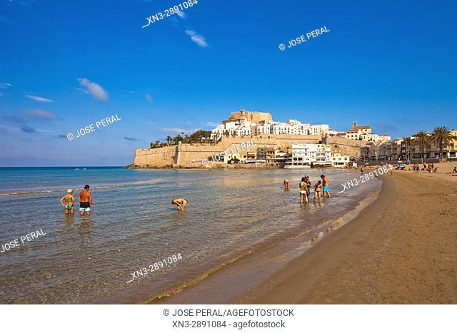 Beach with castle and old town in background, Mediterranean Sea, Peníscola, Castellón province, Valencian Community, Spain