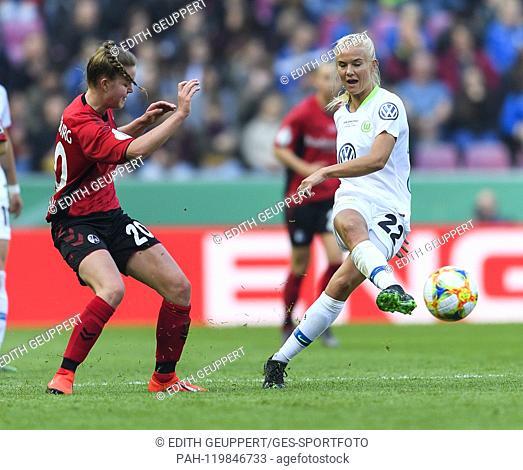duels, duel between Greta Stegemann (SC Freiburg) and Pernille Harder (VfL Wolfsburg). GES / Football / Women's DFB Cup Final: VfL Wolfsburg - SC Freiburg, 01