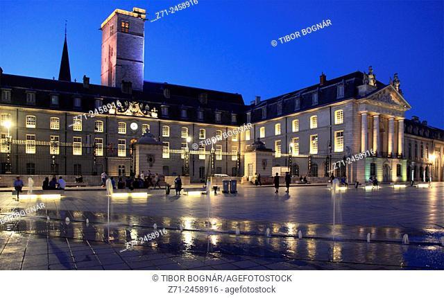 France, Bourgogne, Dijon, Palais des Ducs et des États de Bourgogne, Place de la Libération