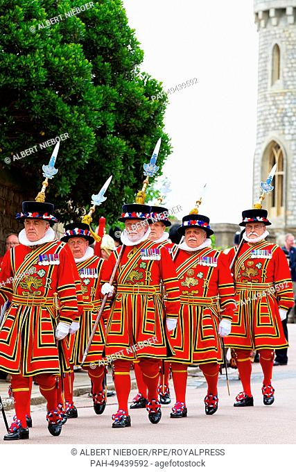 Beefeaters at Windsor Castle during The Order Of The Garter Service in Windsor, United Kingdom, 16 June 2014. Photo: RPE-Albert Nieboer/dpa NETHERLANDS OUT...