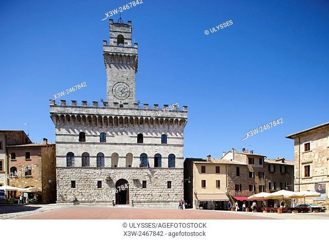 Palazzo del Capitano del Popolo, Piazza Grande, Montepulciano, Tuscany, Italy, Europe