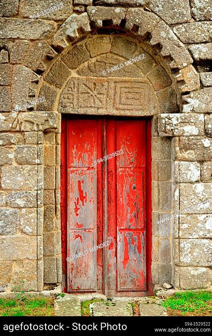 Detail of the door. Church of San Fiz de Cangas, San Fiz, Panton, Lugo, Spain