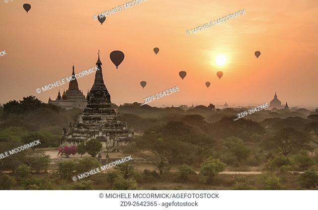 The dawn skyline in Bagan