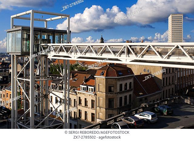 Marolles panoramic lift. Place Poelaert, Brussels, Belgium. (Every day from 7:00 to 23:00 / free). <M> Louise. To bridge the gap that separates Marolles in the...