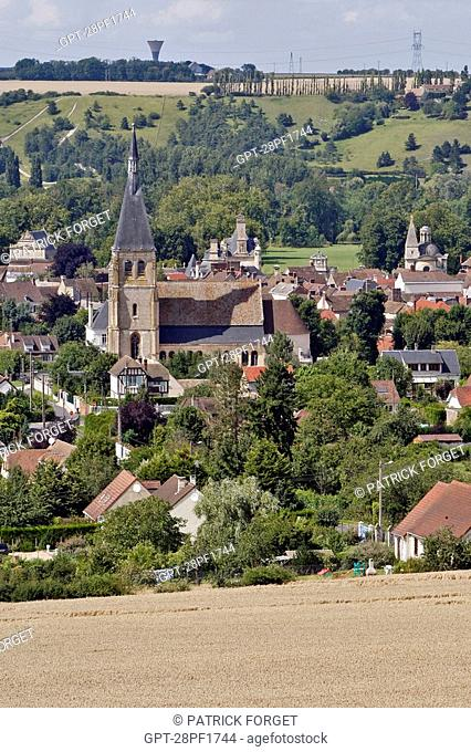 WHEAT FIELDS, VILLAGE AND CHURCH OF ANET, EURE-ET-LOIR 28, FRANCE