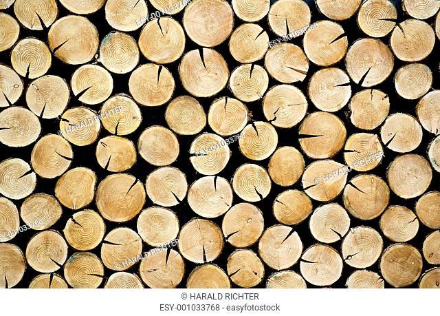 Gestapelte Baumscheiben