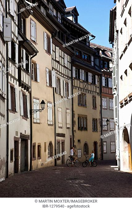Petite Rue de Tannu, historic centre, Colmar, Alsace, France, Europe