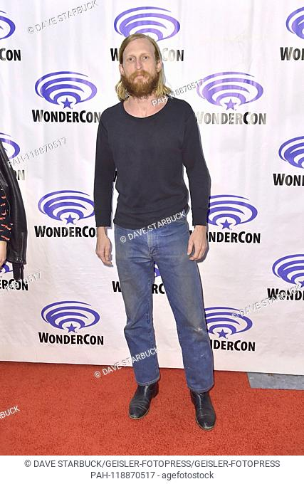Austin Amelio at Photocall for the AMC TV series 'Fear the Walking Dead' at WonderCon 2019 at the Anaheim Convention Center. Anaheim, 31.03