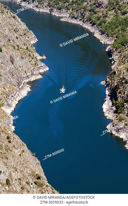 Mirador de los cañones del Sil en la Ribera Sacra. Ourense. Galicia. Spain