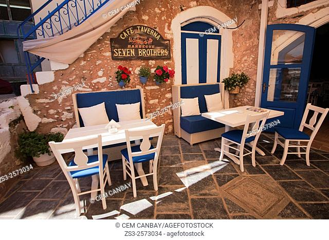 Cafe-restaurant at the port, Rethymno, Crete, Greek Islands, Greece, Europe