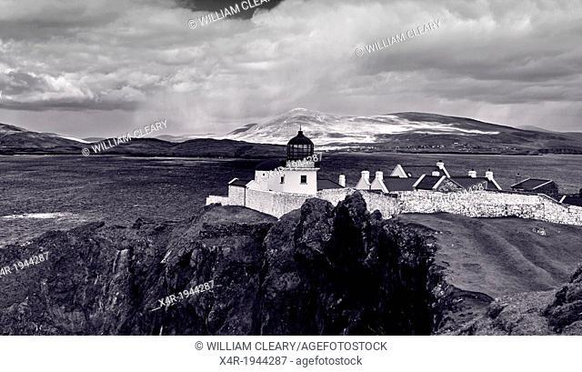Clare Island Lighthouse, Clare Island, County Mayo, Ireland