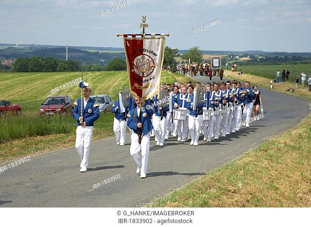 Fuerstentag in Rochlitz, Living Princes' Procession in period costume on the way from Rochlitz to Seelitz, Saxony, Germany, Europe