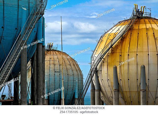 Butane gas tanks, distribution plant at Campa Torres, El Musel port Gijón, Asturias, Spain