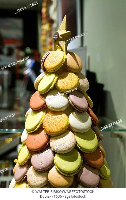 Belgium, Bruges, Belgian Chocolates shop, macaron cookies