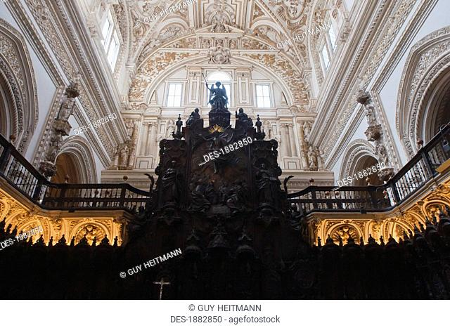 Renaissance Choir Loft In The Cathedral Of Our Lady Of The Assumption Great Mosque Of Cordoba, Cordoba, Andalusia, Spain