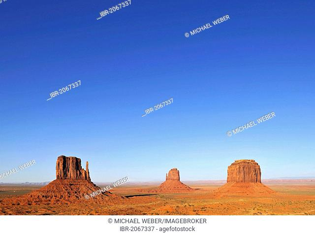 Mesas, West Mitten Butte, East Mitten Butte, Merrick Butte, Monument Valley, Navajo Tribal Park, Navajo Nation Reservation, Arizona, Utah