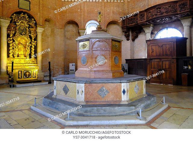 The baptismal font, Cremona Baptistery, Cremona, Lombardy, Italy, Europe