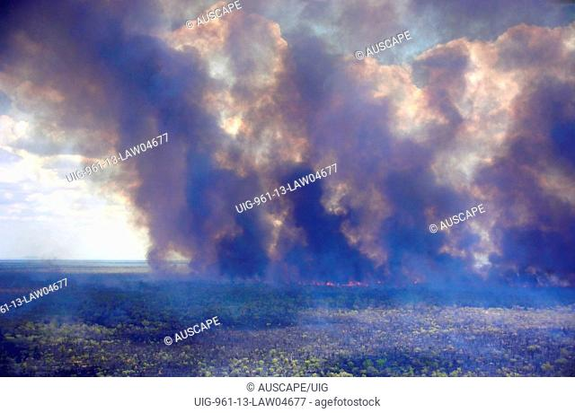Natural wildfire caused by lightning, Marion Downs Wildlife Sanctuary, northern Western Australia